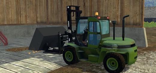CLARK Forklift C80